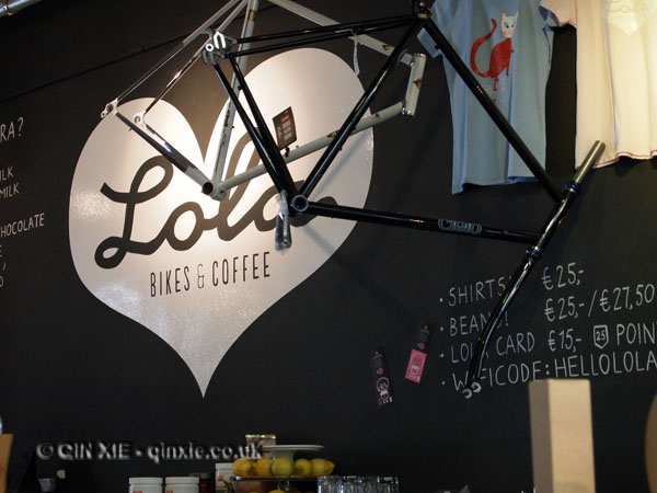 Lola Coffee and Bikes, The Hague